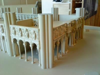 by E.V.Pita.... Estudio: ¿La Catedral de Santiago fue construida sobre un campamento romano?